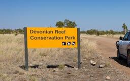 Dewoński Rafowy konserwacja park podpisuje wewnątrz Kimberley Zdjęcie Stock