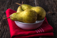 dewy fresh pears in a bowl Royalty Free Stock Photo