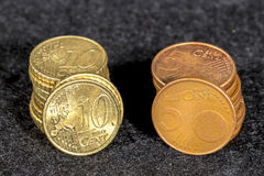 Dez e cinco moedas do euro do centavo Foto de Stock