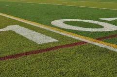 Dez linha de jardas campo de futebol imagem de stock royalty free