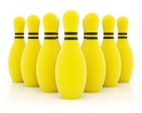 Dez pinos de bowling amarelos fotos de stock royalty free
