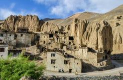 Deze Tibetaanse krottenwijken Stock Foto's