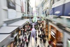 26. Dezember ist der beschäftigtste Einkaufstag des Jahres Stockbild