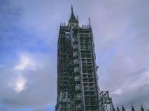 28. Dezember 2017 London, England - Erneuerungsarbeit, die zur Big Ben-Uhr getan wird Stockbilder
