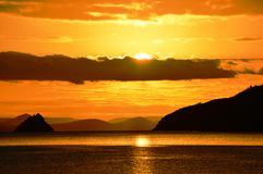 Dezember-Sonnenaufgang Bahia Concepcion, Baja California, Mexiko Lizenzfreies Stockfoto