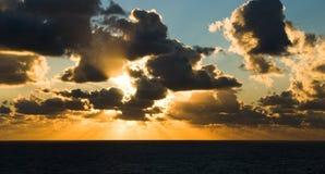 Dezember-Sonnenuntergang Stockfotografie