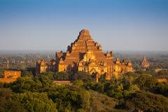 Dhammayangyi det största tempelet i Bagan Arkivbilder