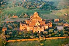 Dhammayangyi tempel, Bagan, Myanmar. Royaltyfri Bild