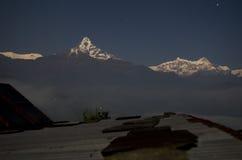 Dhampus stjärnklar natt Royaltyfri Fotografi