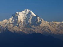 Dhaulagiri maestoso fotografia stock libera da diritti