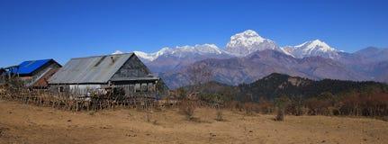 Dhaulagiri, settima più alta montagna del mondo Immagine Stock