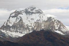 Dhaulagiri Spitze Stockfotos