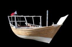 Dhaw Arabe traditionnel de pêche d'isolement sur le noir Images stock