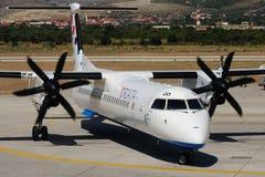 DHC8Q-402 Stockfotos