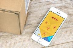 DHL APP sur l'iPhone Image libre de droits