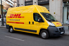 DHL Levering royalty-vrije stock afbeeldingen