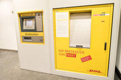 DHL Paketbox Stock Photos