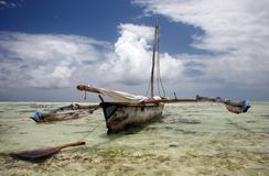 Dhow on shore. Dhow fishing boat in Zanzibar Royalty Free Stock Photos