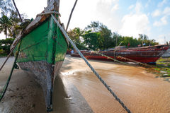 Dhow traditional sailing vessel beached Royalty Free Stock Photos