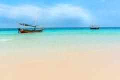 Dhowboten Indische Oceaan stock foto's