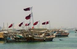 Dhows de Doha, Catar no porto foto de stock royalty free