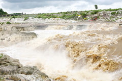 Broad view of beautiful Dhuandhar fall of Jabalpur, India Royalty Free Stock Images