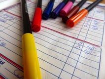 Diário de um estudante da segunda classe marcadores Escola primária Close-up Imagem de Stock