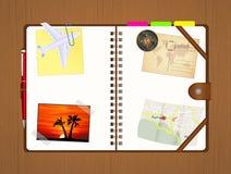 Diário do curso com memórias e mapas ilustração stock