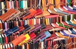 Diários de couro para a venda nos mercados Fotos de Stock Royalty Free