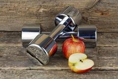 Diät Dumbell, des Vitamins und Eignung stockbild