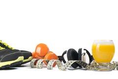 Diätkonzept mit Sportausrüstung Lizenzfreies Stockfoto