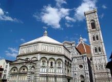 Di Σάντα Μαρία del Fiore Piazza Duomo βασιλικών καθεδρικών ναών της Φλωρεντίας Στοκ Φωτογραφίες