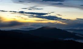 Di alba e della montagna Fotografia Stock Libera da Diritti