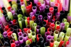di bastoni colorati Multi per le bevande Immagini Stock Libere da Diritti