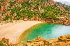 Di Cala Li Cossi Spiaggia, Коста Paradiso Стоковое Фото