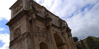 Di Constantino Roman Colosseum Outside do arco, Roma, Itália imagem de stock