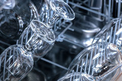 Di cristallo nella lavastoviglie Fotografia Stock Libera da Diritti