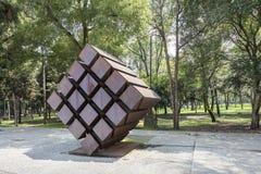 ` Di Fernando Gonzalez Gortazar il ` 1942 del cubo davanti a Rufino Tamayo Museum Fotografie Stock