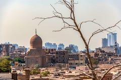 18/11/2018 di Il Cairo, Egitto, vista del panorama del tetto di una città morta immagini stock libere da diritti