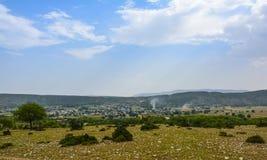 Di Khabeki del villaggio valle presto Immagine Stock