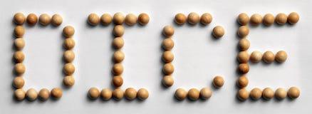 ` Di legno dei dadi del ` di arte di parola della puntina Immagini Stock