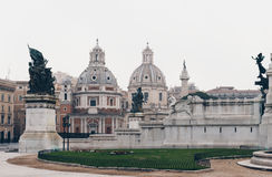 Di Maria al Foro Traiano y Santa Maria di Lore de Santissimo Nome fotografía de archivo libre de regalías