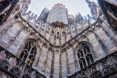 Di Milão do domo da catedral em Itália imagem de stock