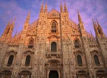 Di Milaan, de frontale mening van Duomo van de Voorzijde Stock Fotografie