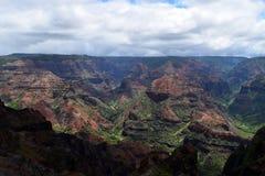 Di montagne colorate Multi in canyon di Waimea in Kauai Hawai Fotografia Stock Libera da Diritti