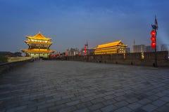 ` Di notte Xi un muro di cinta Immagine Stock Libera da Diritti
