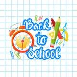 Di nuovo alla scuola Logo Text On Notebook Background con i rifornimenti di Studing Immagine Stock