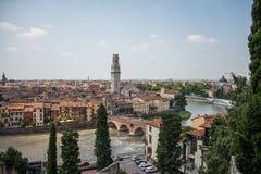 Di opinión de la parte superior de Verona, Italia del Duomo foto de archivo libre de regalías