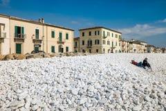 DI PISA, ITALIA - Avril 24, 2017 del PUERTO DEPORTIVO: Vista del mar y Foto de archivo