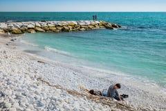 DI PISA, ITALIA - Avril 24, 2017 del PUERTO DEPORTIVO: Vista del mar y Imagen de archivo